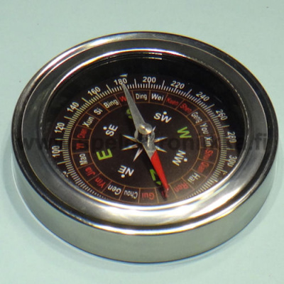 Compass diameter 75mm with metal cover
