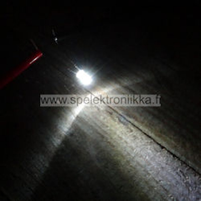 LED 3mm Superkirkas White typ. 3800 mcd diffusoitu linssi