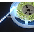 LED -nauha superkirkas 2835 white kuivatila IP20 600 LED