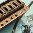Tremolo ST tyyli kuusikielinen Model 1630AC pitch 10.5 Antique Copper